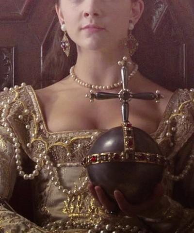 Anne-Boleyn-tudor-history-32416804-500-600